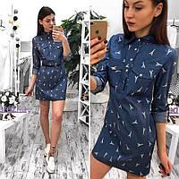 Платье джинсовое с рубашечным воротником в модный принт мини SMs1047