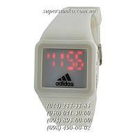 Сдержанные женские наручные часы Adidas SSB-1063-0015