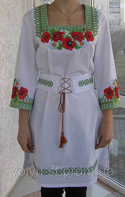 Женские вышитые платья с корсетным поясом