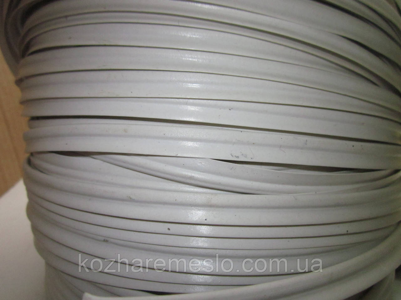 Кедер (кедрик) кант шовный полиэтиленовый белый