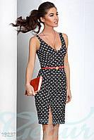 Облегающее деловое платье. Цвет черно-белый.