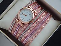 Женские кварцевые наручные часы Vikec на розовом длинном ремешке со стразами, фото 1
