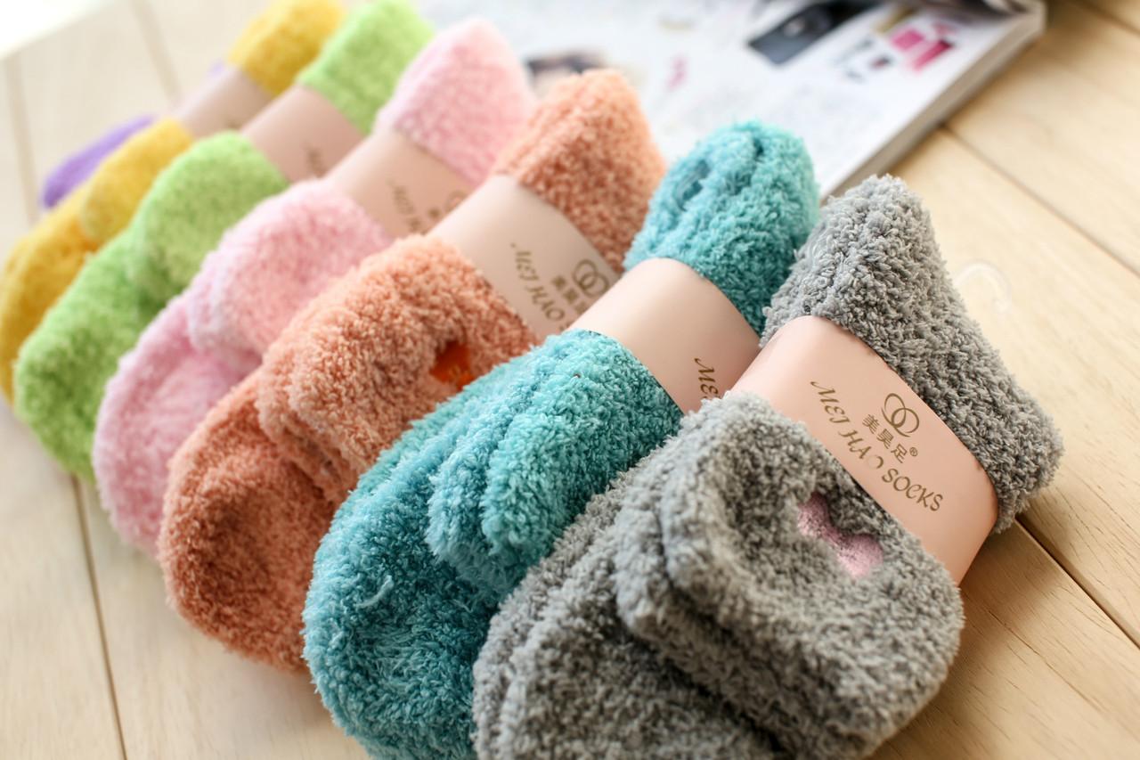 Носки женские махра. Вышивка