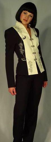 Жакет чёрно-молочный с вышивкой по рельефу Арт.543 р.36,40
