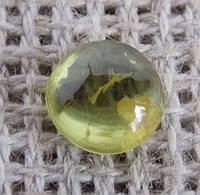 Перидот натуральный(кабошон) 6 мм № 3. Камни минералы. Хризолит