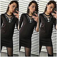 Стильное черное женское платье с камнями