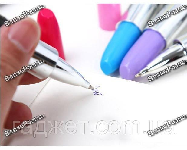 Ручка шариковая Губная помада колпачок сиреневого цвета.