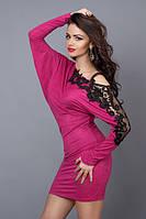 Молодежное женское платье-туника малинового цвета