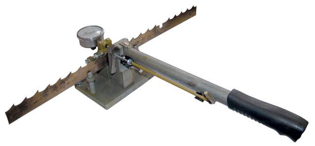 Устройство для разводки и контроля лент. пил ПРЛ-60