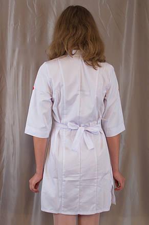 Медицинский женский белый халат с коротким рукавом, украшенный вышивкой., фото 3