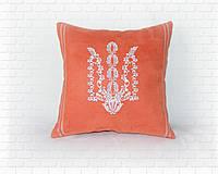 Подушки с гербом Украины