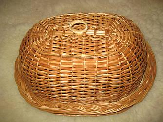 Плетеная хлебница с ажурным оботком