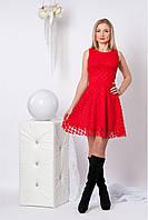 Нарядное платье с гипюром (красный)