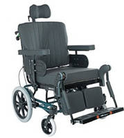 Кресло-каталка для пассивного передвижения Azalea Max Invacare