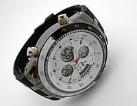 Часы спортивные I-POLW, стальные противоударные, белый циферблат