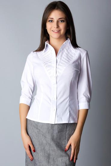Белая хлопковая рубашка с декоративной кокеткой Р75