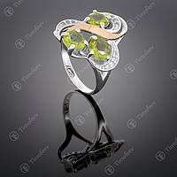 Серебряное кольцо с хризолитом и фианитами. Артикул П-246