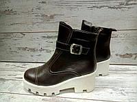 Зимние кожаные женские ботинки коричневые