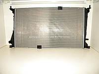 Радиатор охлаждения двигателя на Рено Трафик- > 2.5dCi (146 л.с.) + 2.0dCi — RENAULT (Оригинал) 8200465488
