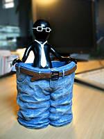 Подставка для карандашей Mr. P и большие штаны
