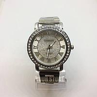 Металлические женские наручные часы Geneva
