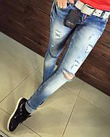 Модные женские джинсы Dsquared