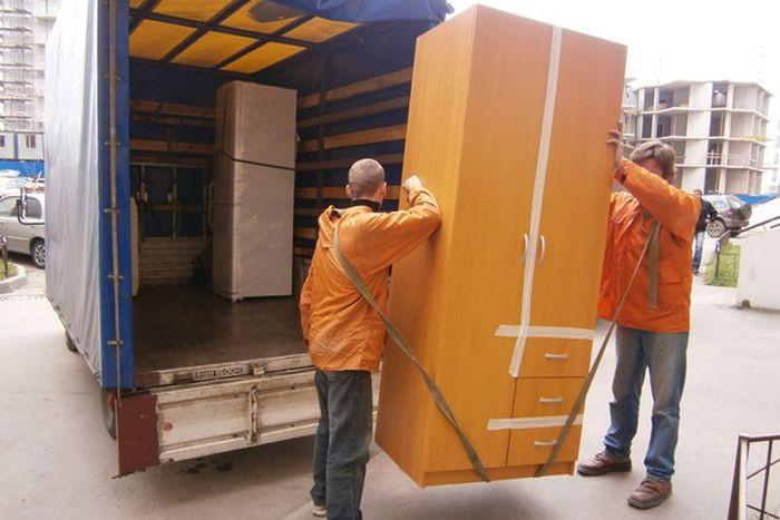 Перевезти мебель в Сумах и области