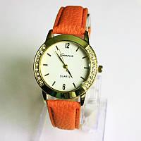 Женские кварцевые часы Geneva оранжевый ремешок.