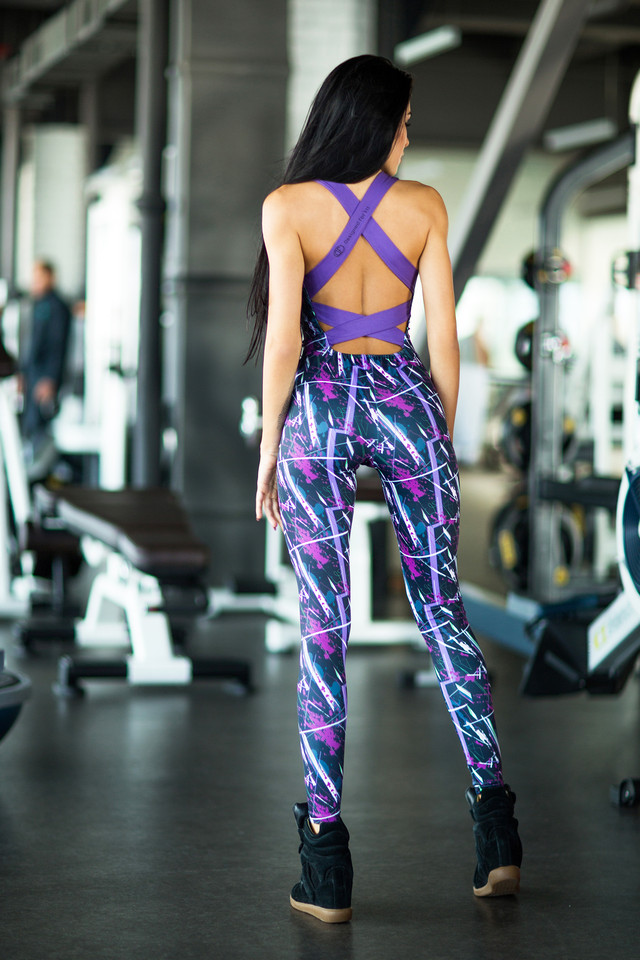 Designed For Fitness - костюм Abstract Violet