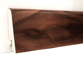 Плинтус деревянный шпонированный Орех американский