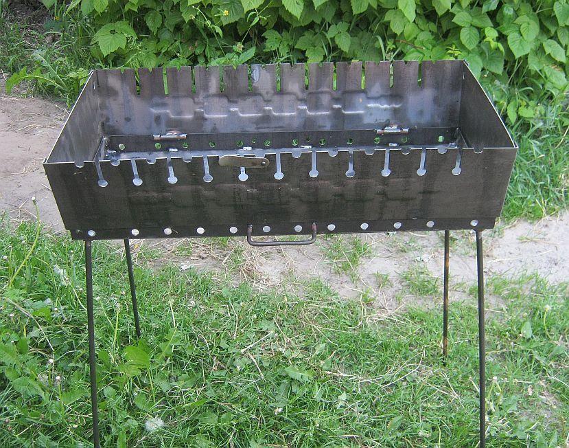 Раскладной мангал чемодан на 12 шампуров 2 мм