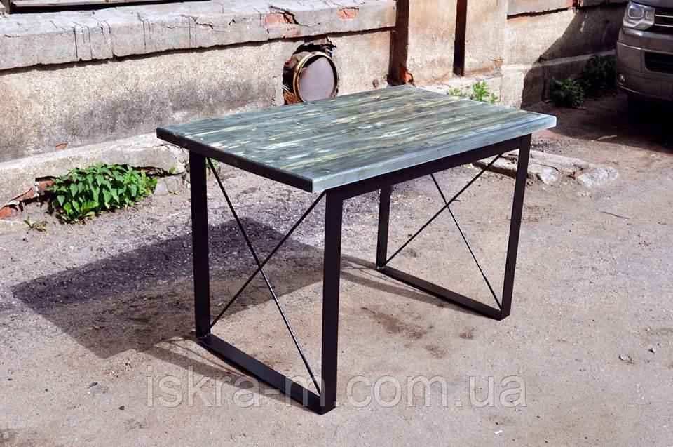 Столик обеденный в гостиную в стиле лофт