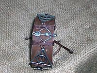 Модный унисекс браслет на руку из кожи МУЛЬТИФАНДОМ по сериалам, ручная работа