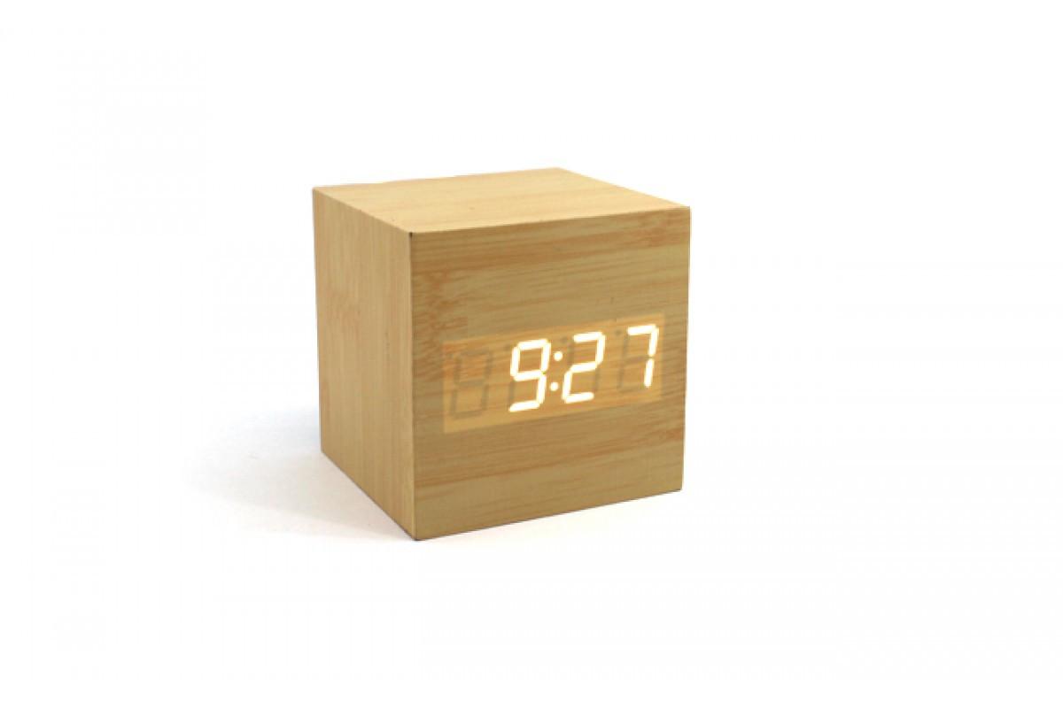 Эксклюзивные деревянные настольные часы Куб бежевой