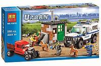 Конструктор Bela серия Urban 10419 Полицейский фургон с собаками (аналог Lego City 60048)