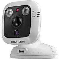 Внутренняя мини-камера с датчиком движения Hikvision DS-2CD8464F-EI, 1,3Mpix // DS-2CD8464F-EI