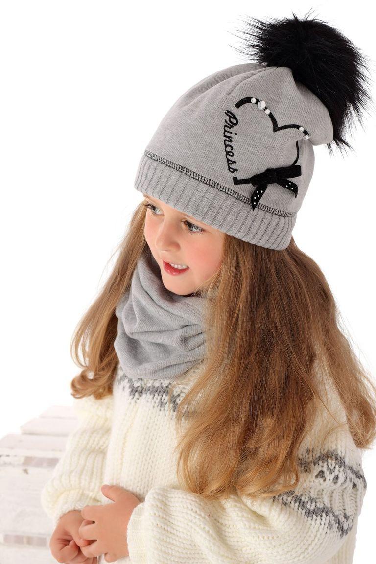 Тепла в'язана шапочка для дівчинки від MARIKA Польща
