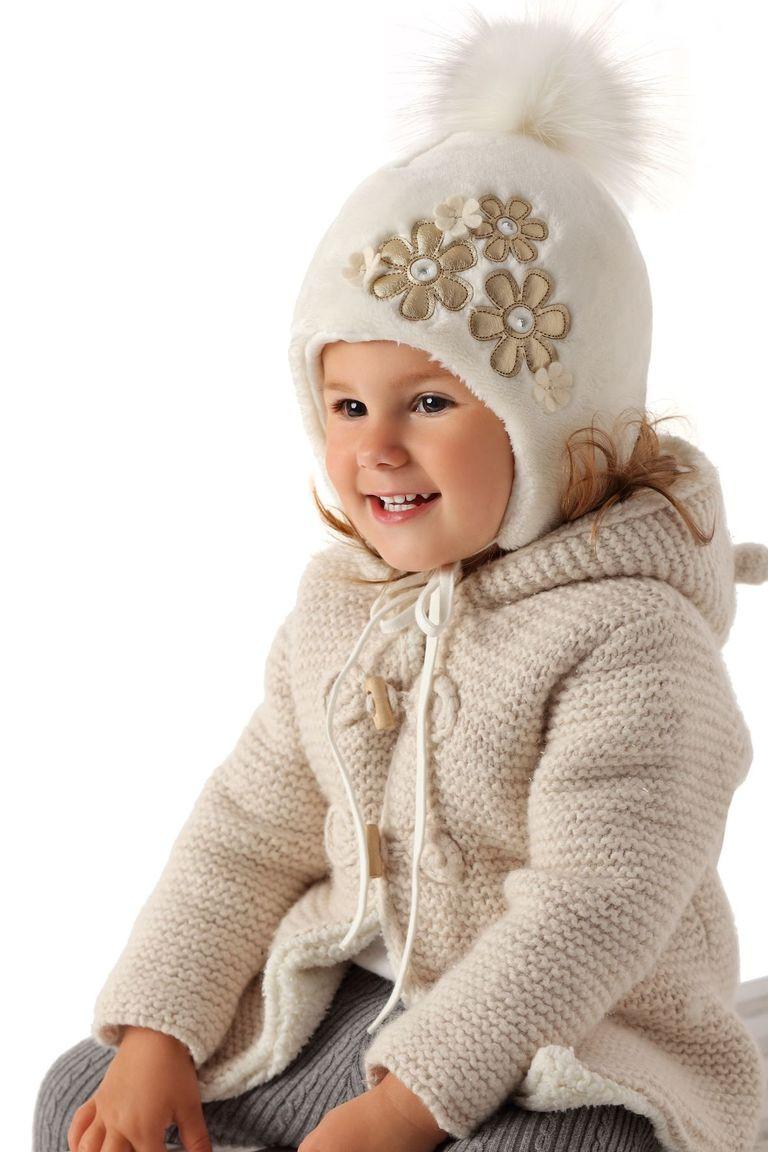 Тепла в'язана шапочка для дівчинки лапули від MARIKA Польща