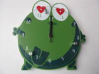"""Настенные часы """"Лягушка"""" 23*23 см деревянные"""
