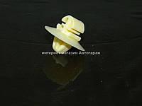 Клипса крепления молдинга на Фоьксваген Крафтер  2006-> MERCEDES (Оригинал) 0029918570