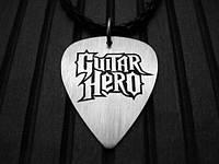 Guitar Hero кулон - медиатор
