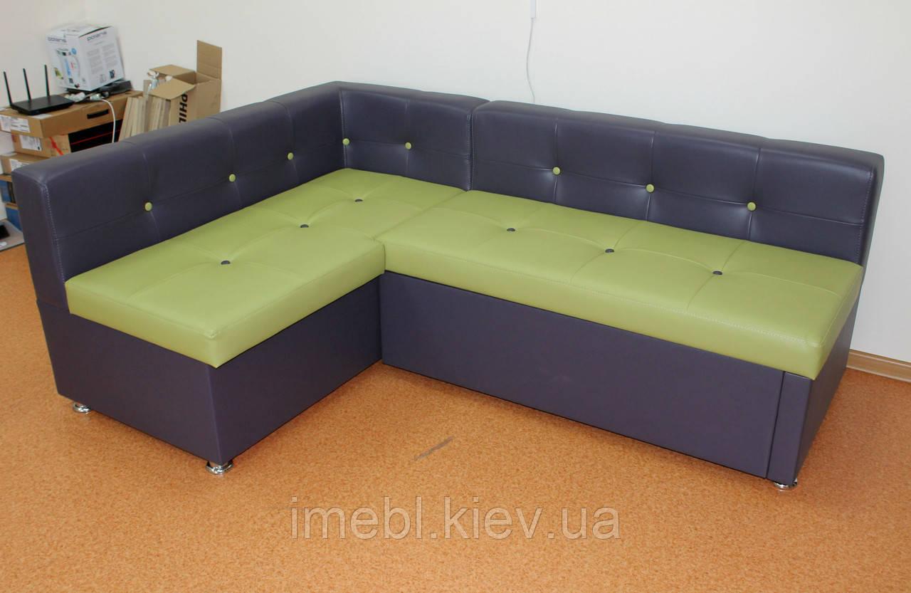 Кухонный угловой диванчик в красивом кож заме
