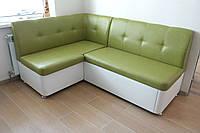 Кухонный мягкий угловой диван со спальным местом (Салатово-белый)