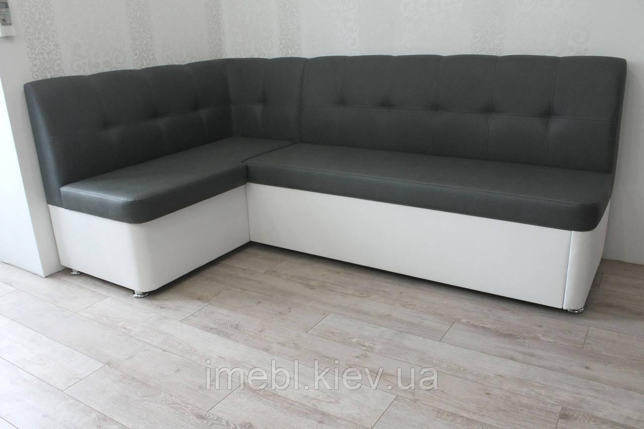 Кухонний куточок зі спальним місцем у чорно-білому шкір заме