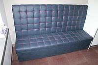 Мягкий кухонный диванчик с нишей.