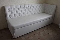 Мягкий кухонный уголок со спальным местом белого цвета