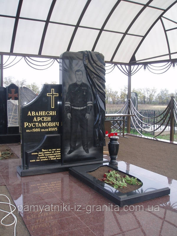 Элитный памятник № 40