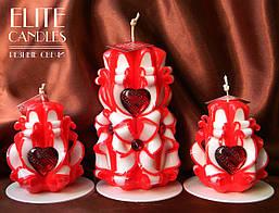 """Свечи для романтического вечера """"Три сердца"""". Свечи ручной роботы ярких красных цветов с подставками"""