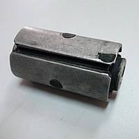 Втулка ушка рессоры ГАЗ 3110,31105 метал ( 12мм.) (покупн. ГАЗ)