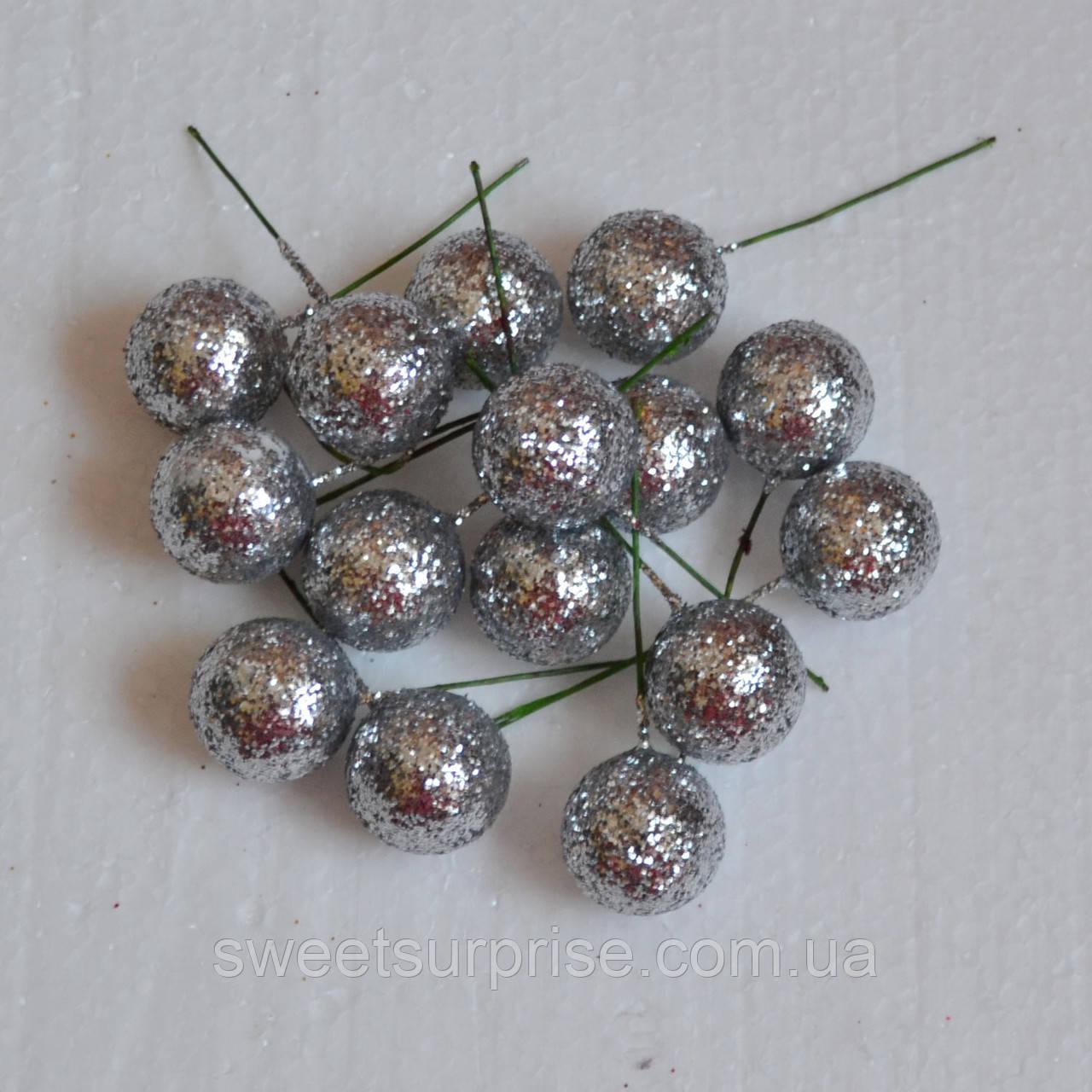 Шарики декоративные блестящие 2,5 см. (серебро)